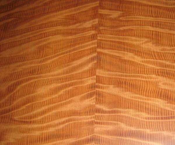 FSC-Figured-Redwood_veneer_from_Shadbolt