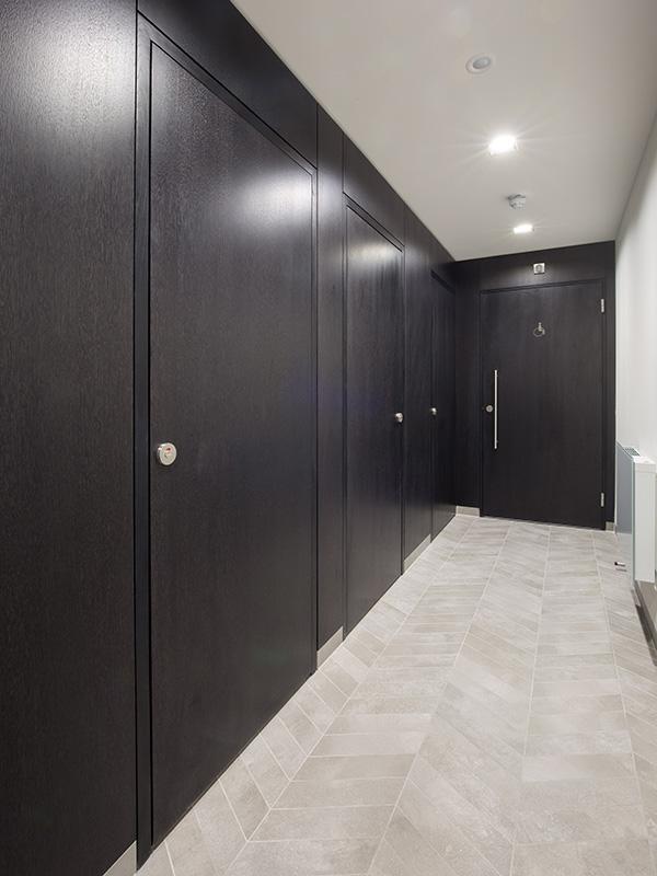 Shadbolt veneered cubicles installed at 55 Wells Street