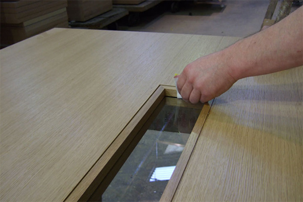 Shadbolt_veneer_finishing